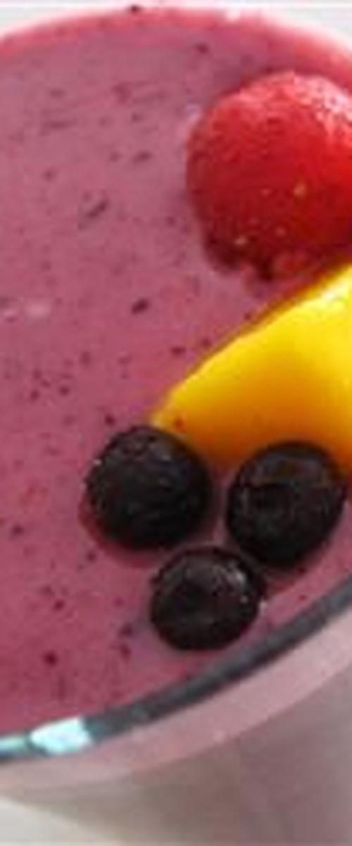 Tropical Mango-Pineapple-Berry Smoothie