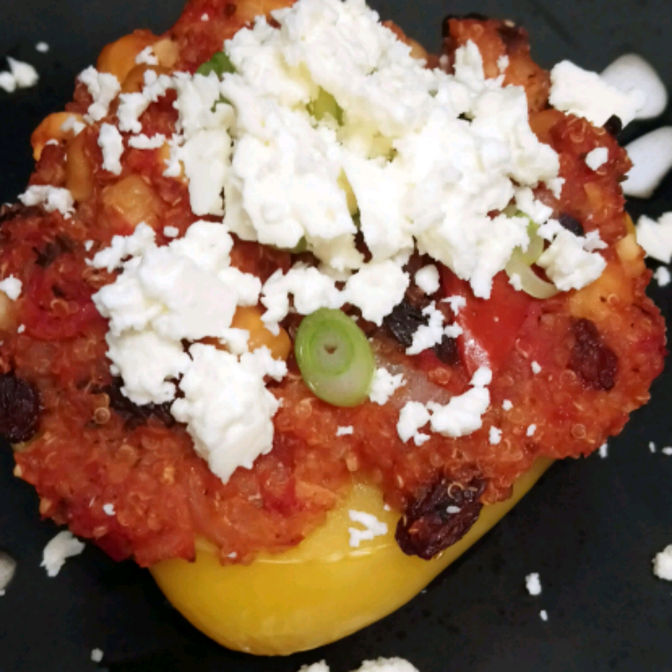 Stuffed Red Pepper with Quinoa and Chickpeas