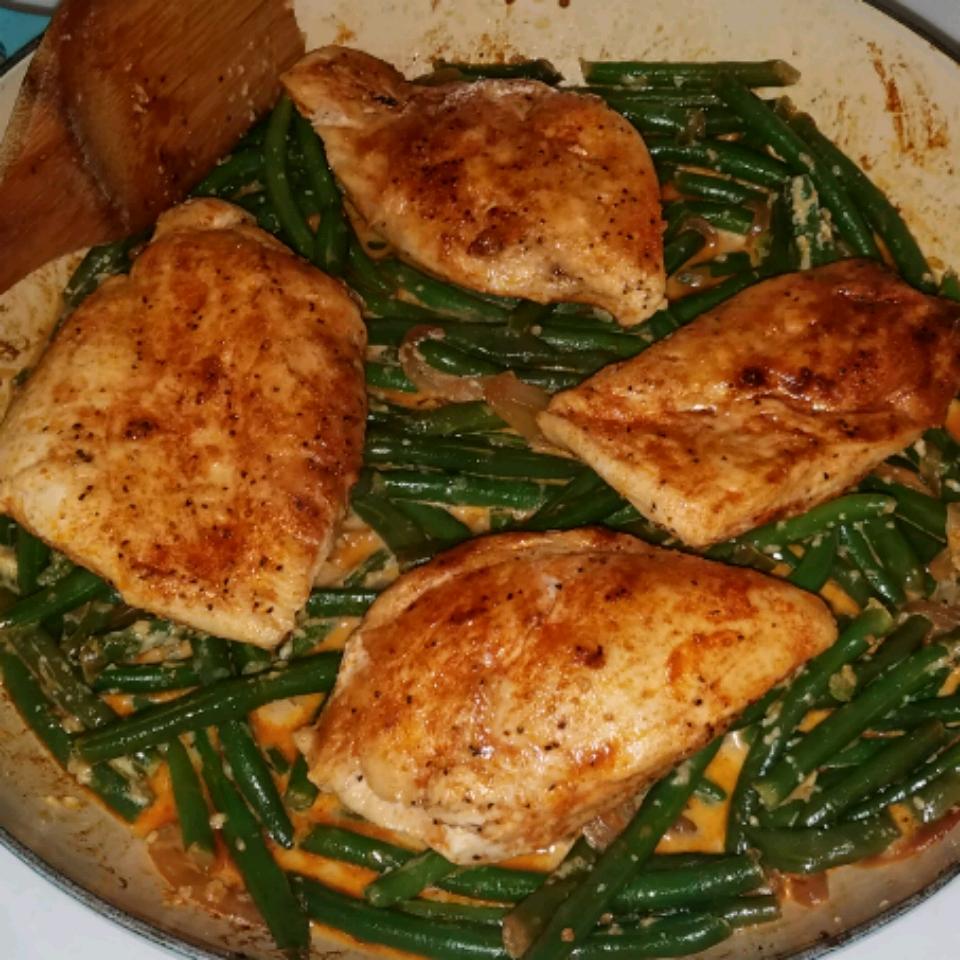 Divine Chicken with Green Beans Shandi White