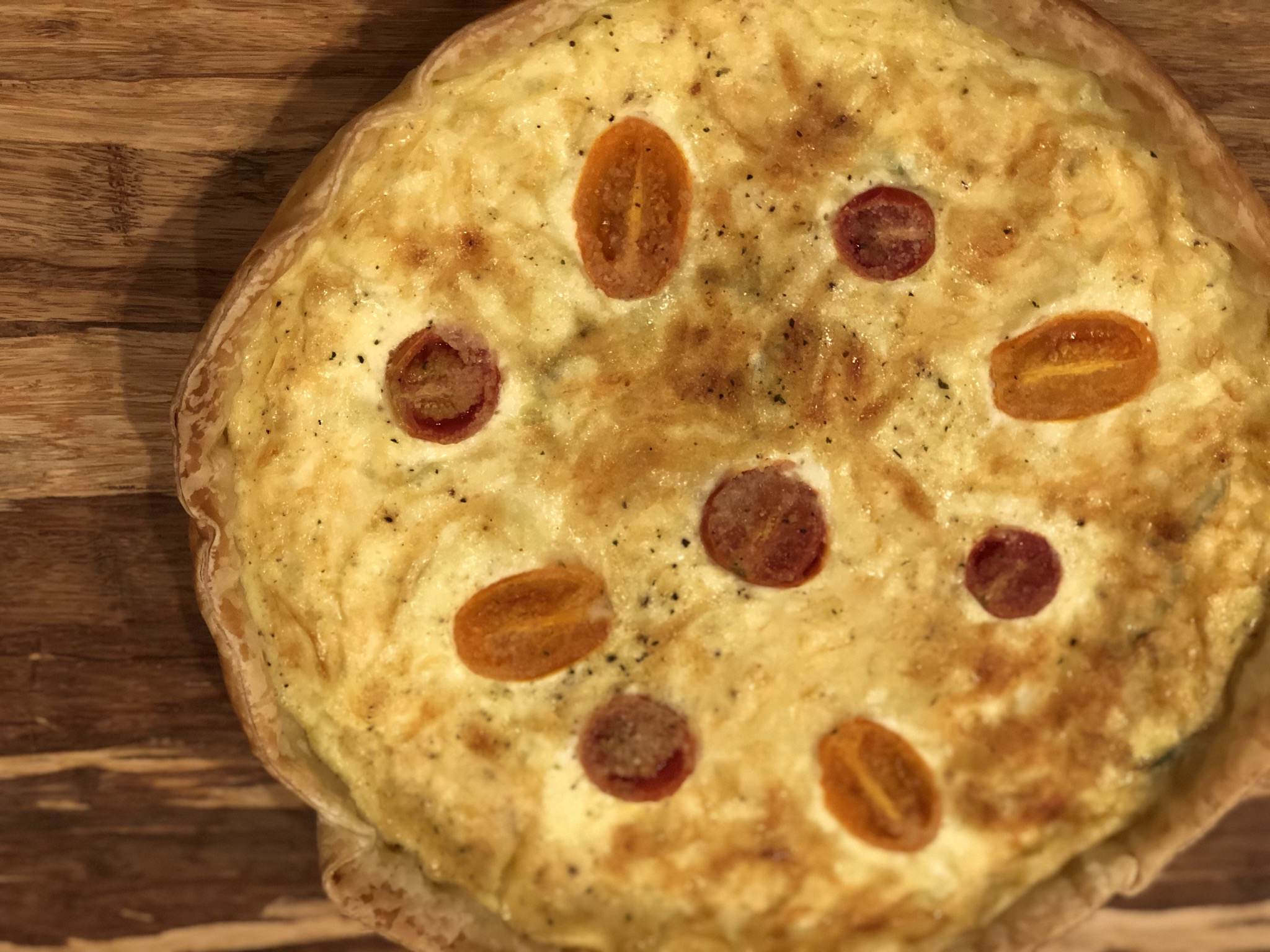 Keto Almond-Crusted Bacon and Tomato Quiche