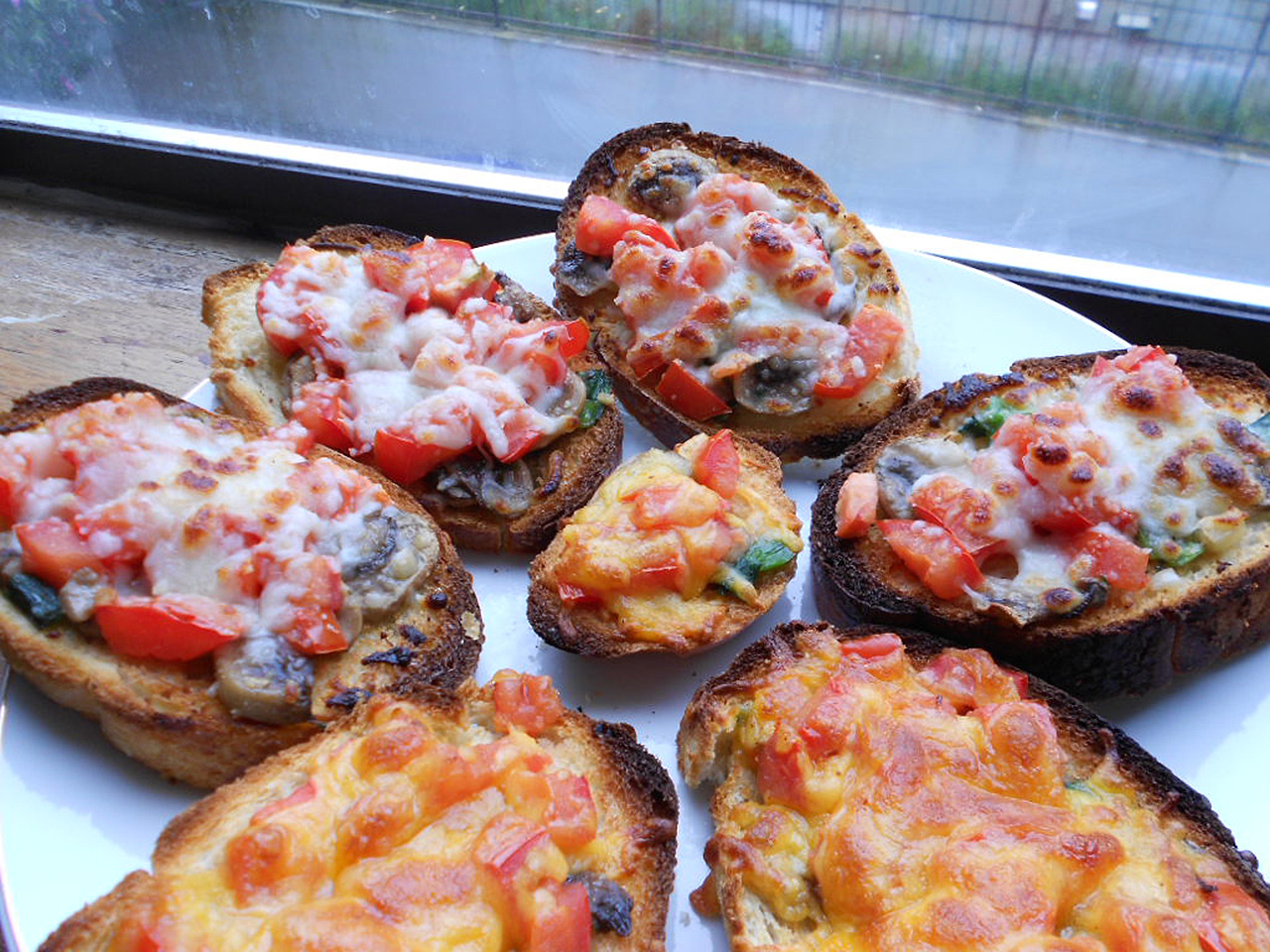 Mushroom and Tomato Bruschetta