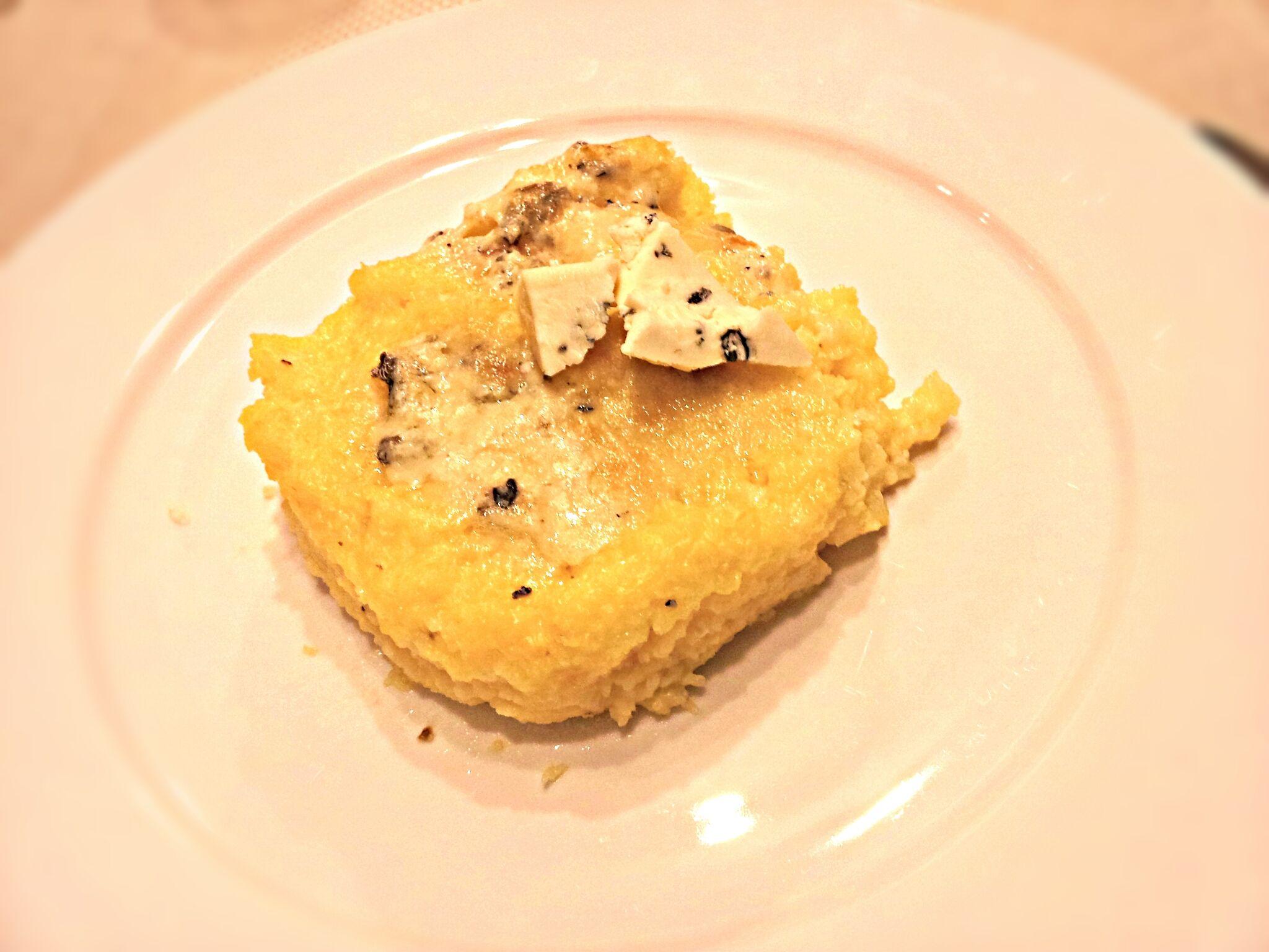 Polenta con il Gorgonzola in Pentola a Pressione (Baked Gorgonzola Polenta)