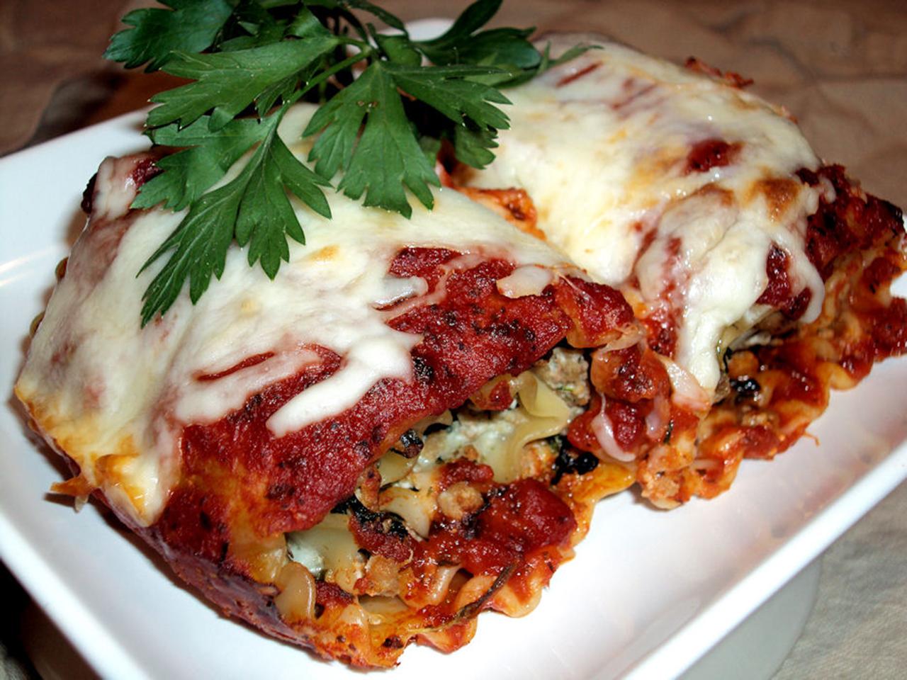 Bab's Turkey Mushroom Lasagna Rolls