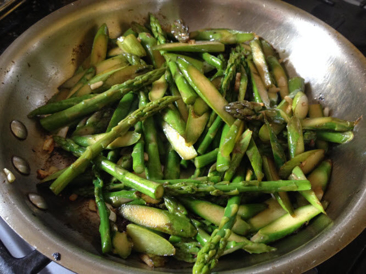 Quick Asparagus Stir-Fry