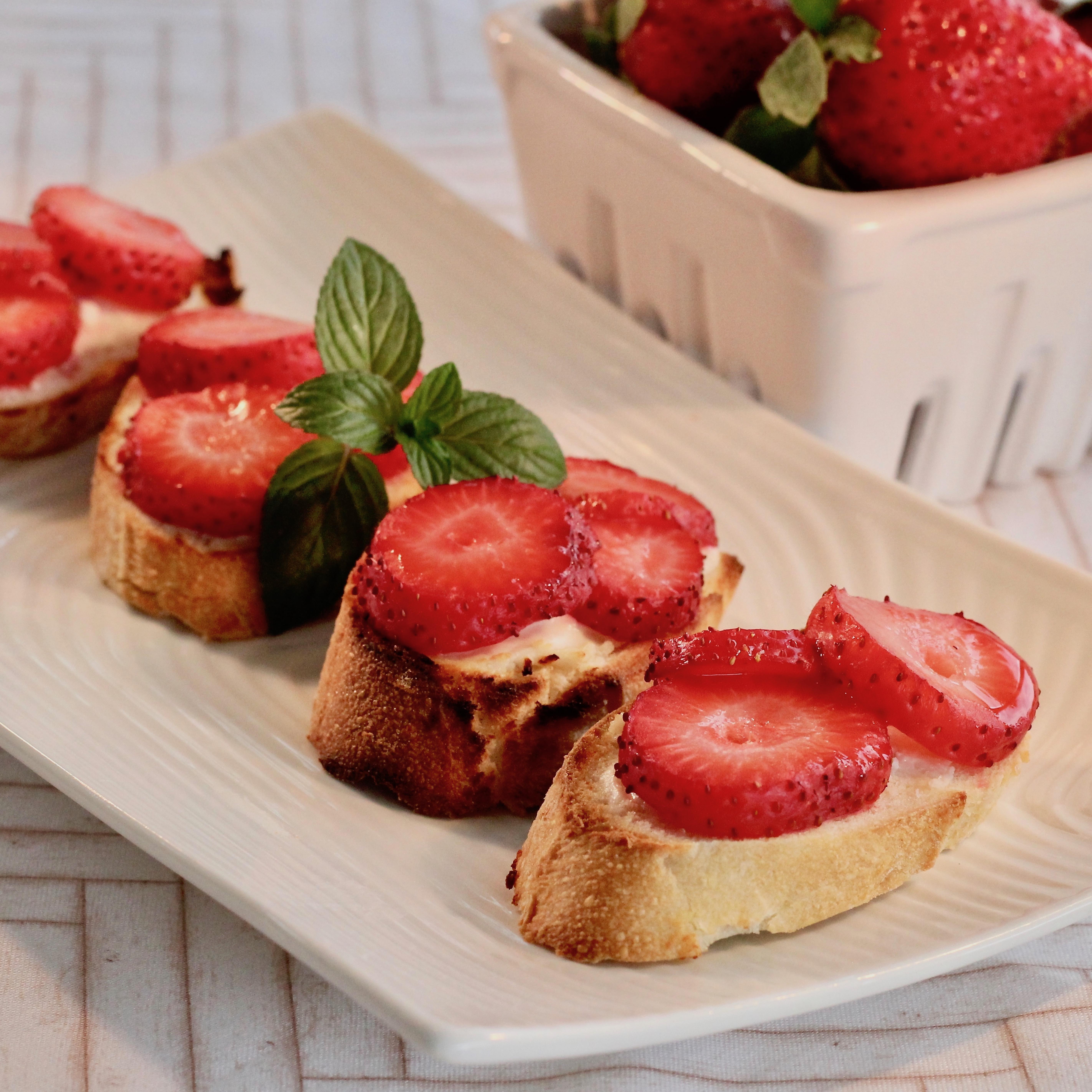 Strawberry Bruschetta lutzflcat