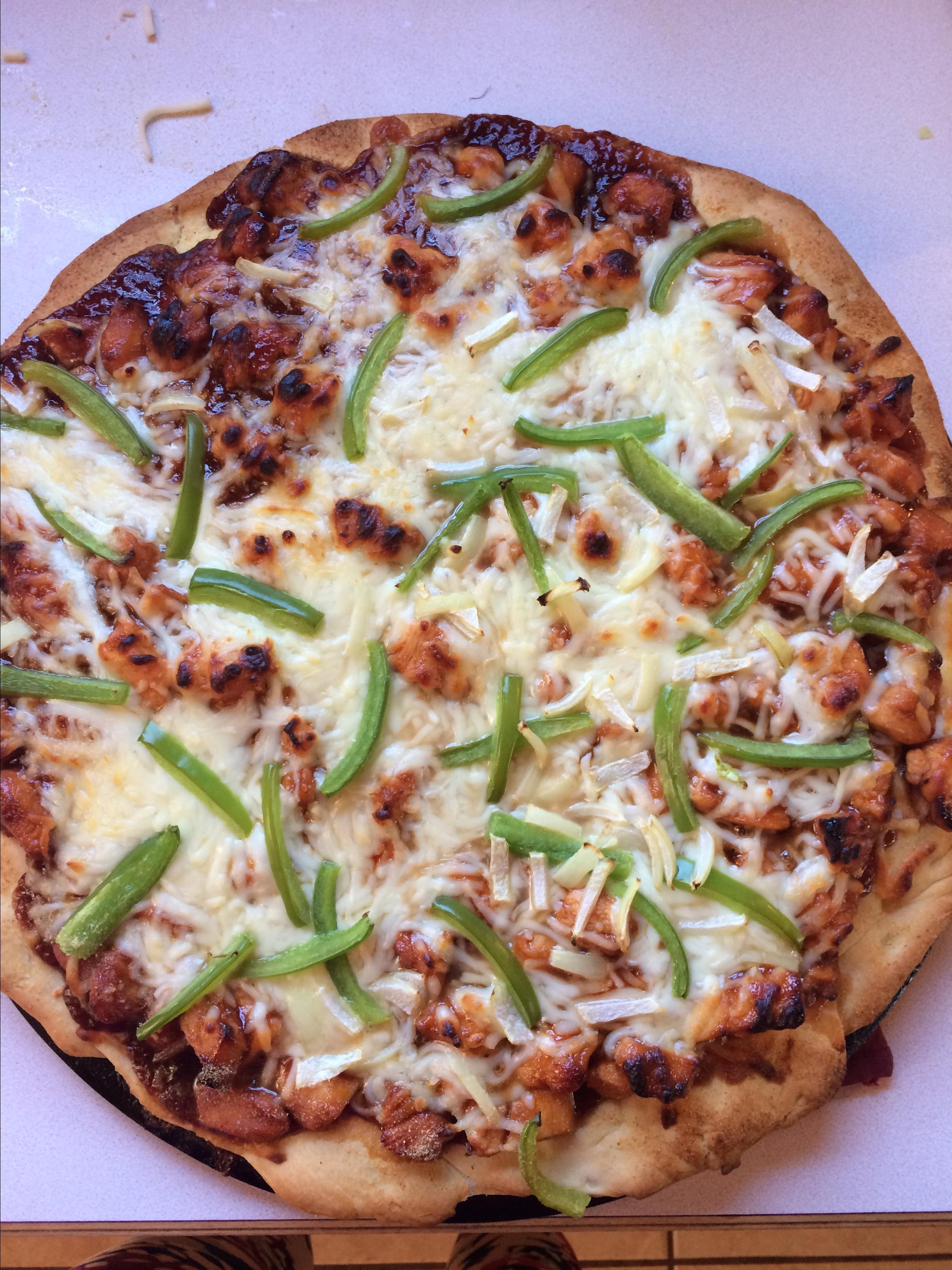 BBQ Chicken Pizza I loghomelover