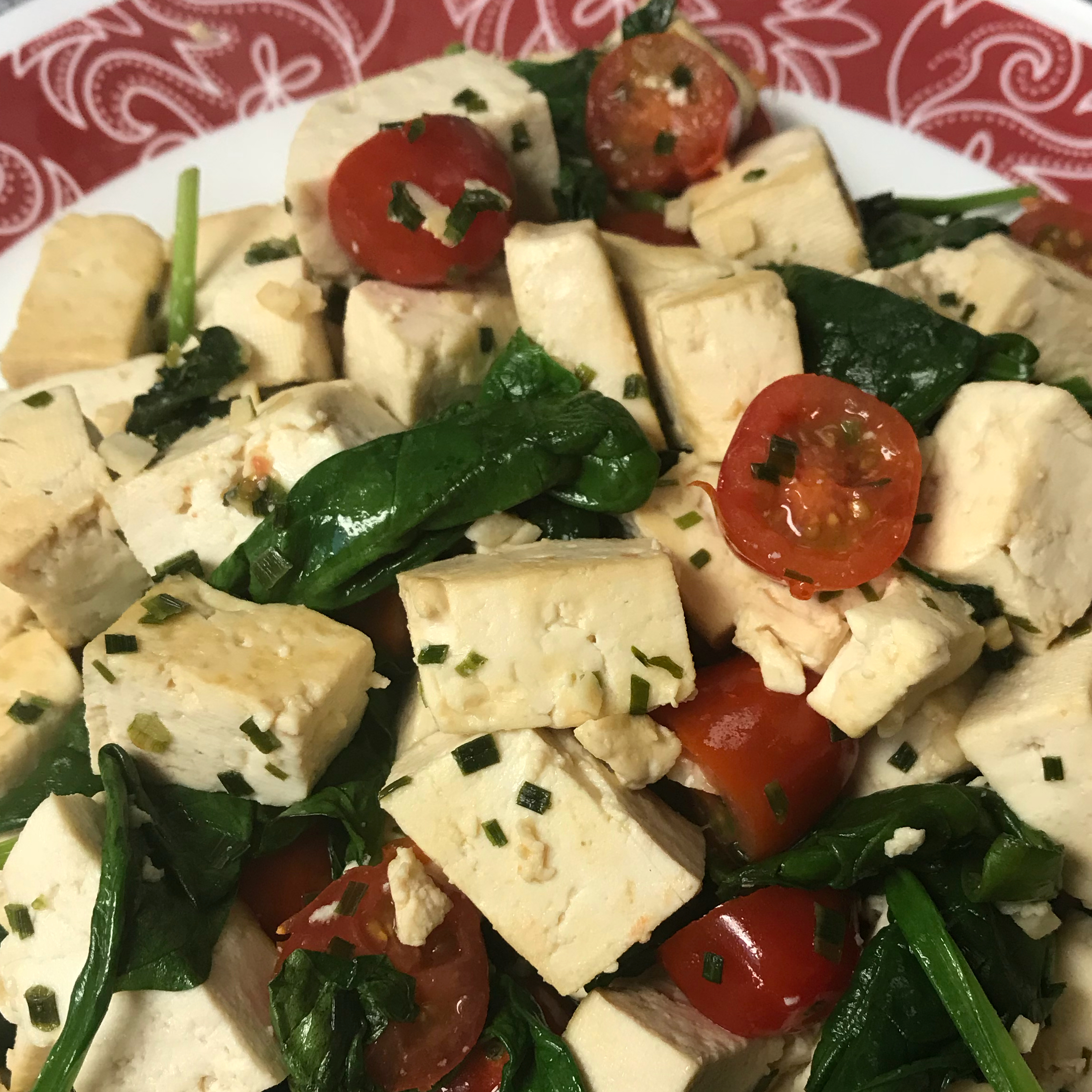 Easy Gorgonzola Tofu Scramble