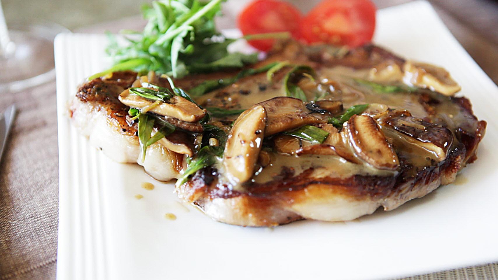 Sirloin Steak with Mushrooms