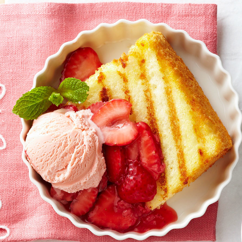 Grilled Angel Food Cake with Strawberry Sauce Diabetic Living Magazine