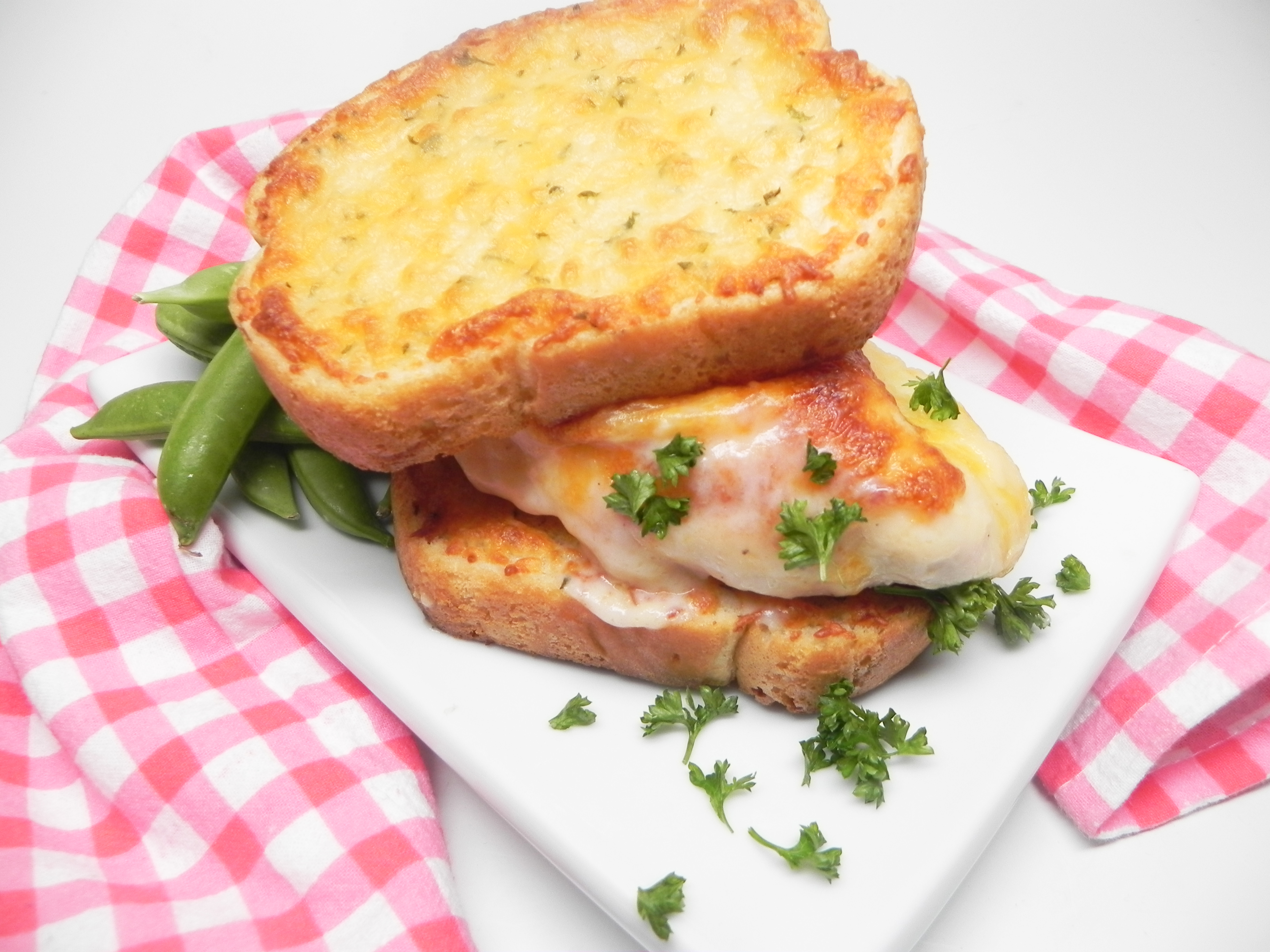 Cheesy Chicken Toast Sandwich carolinagurl412
