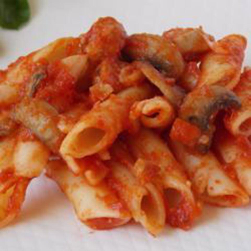 Pasta with Tomato Sauce, Sausage, and Mushrooms