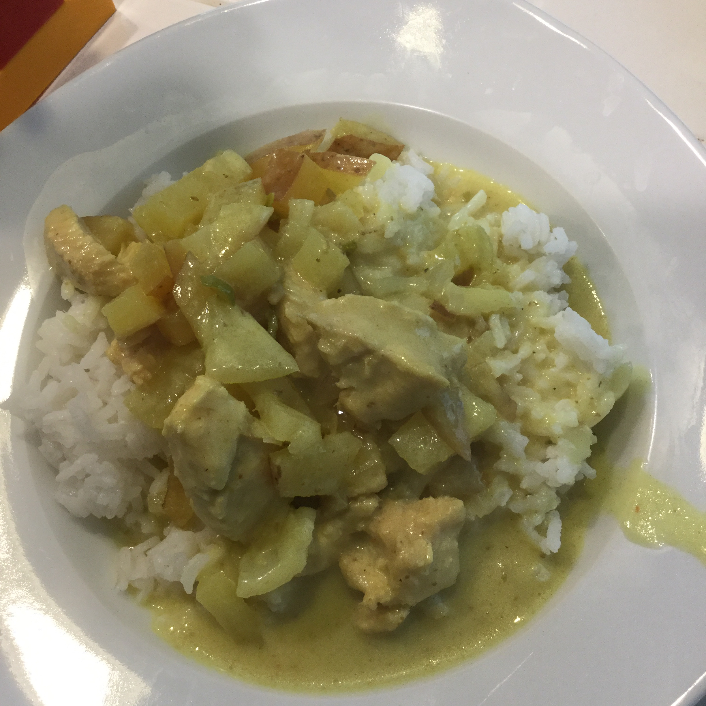 Thai Yellow Chicken Curry Ben's mama