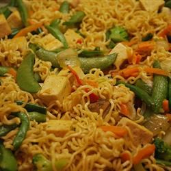 Fast and Easy Tofu Lo-Mein Melody