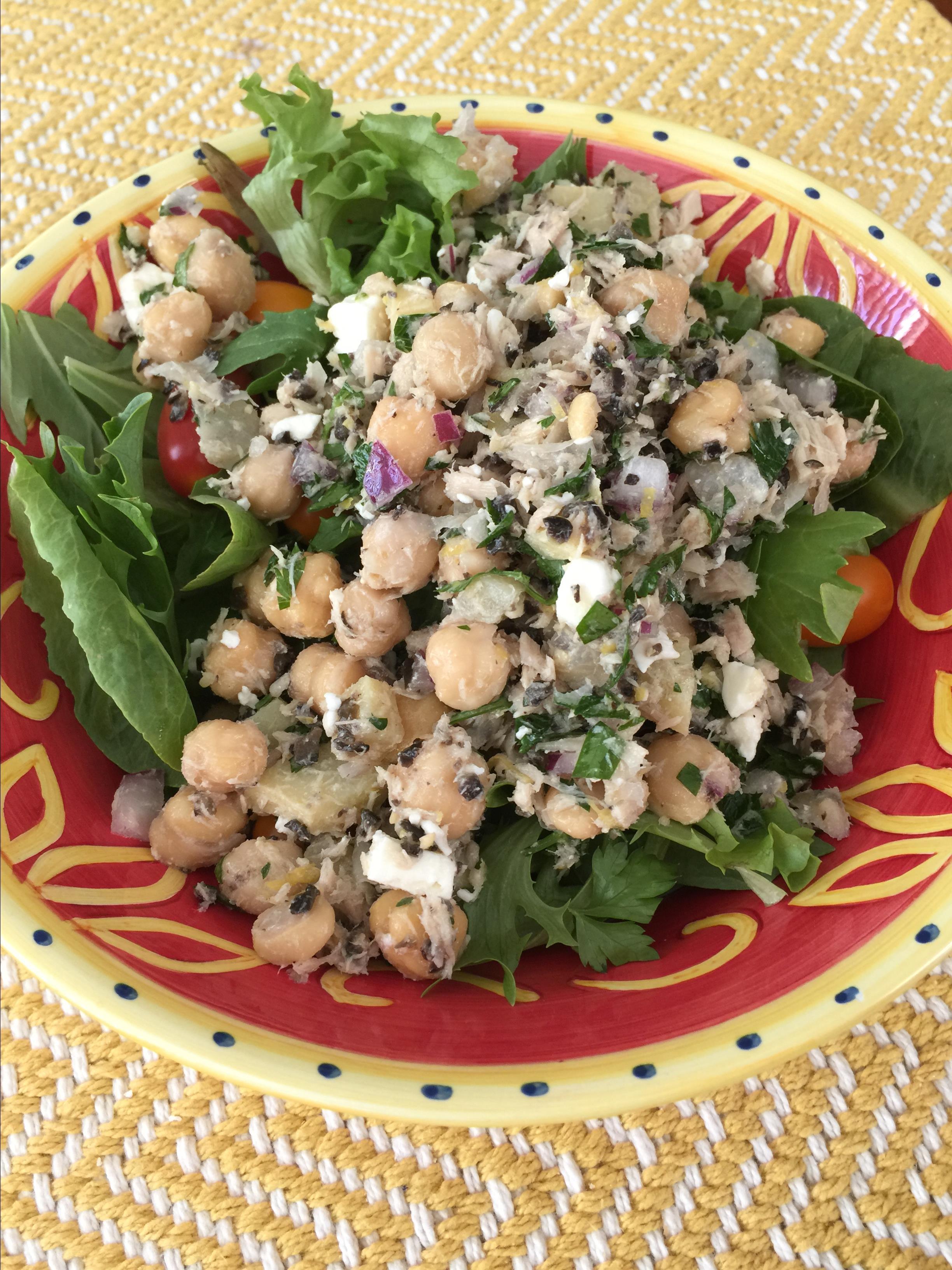 Tuna and Chickpea Salad_image