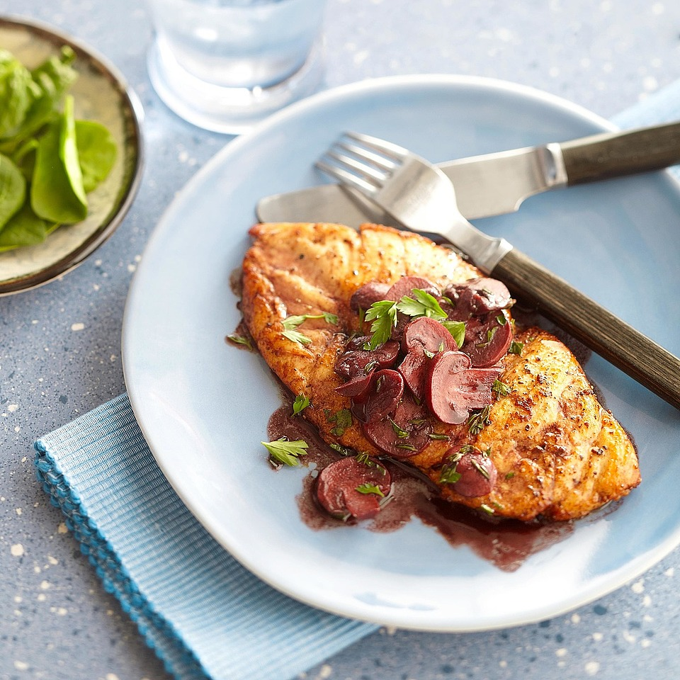 Chicken with Red Wine Pan Sauce Diabetic Living Magazine