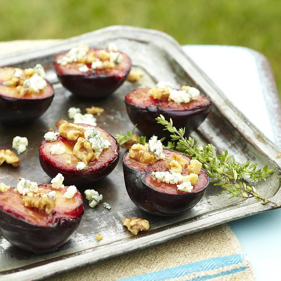 Grilled Plums with Thyme-Infused Honey, Blue Cheese and Walnuts Diabetic Living Magazine