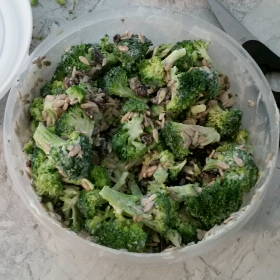 Alyson's Broccoli Salad Corvo