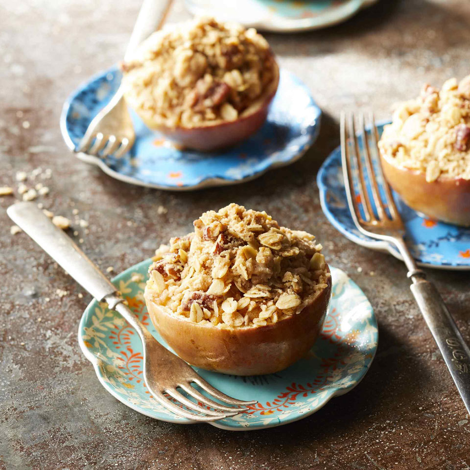 Apple-Crisp-Stuffed Baked Apples Carolyn Casner