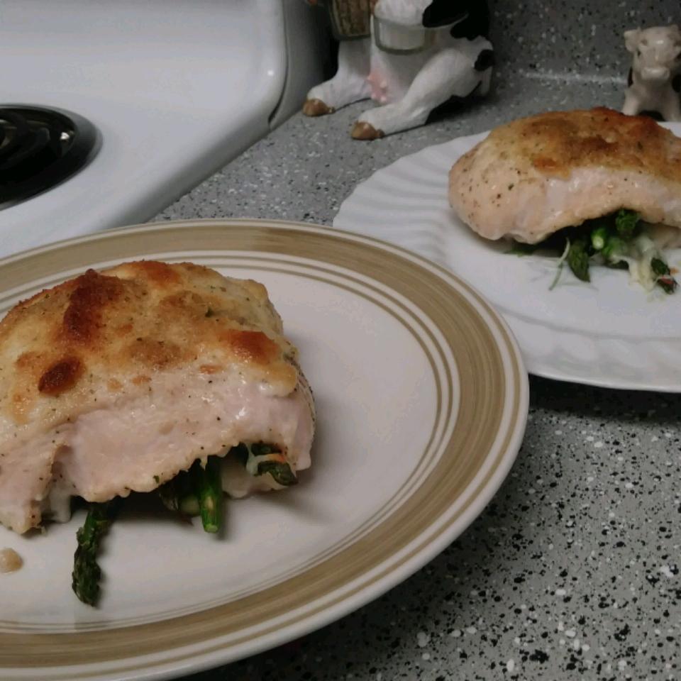 Asparagus and Mozzarella Stuffed Chicken Breasts Bryanna Schlegel