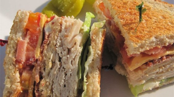 Photo of Lorraine's Club Sandwich by LORRAINEWINKEL