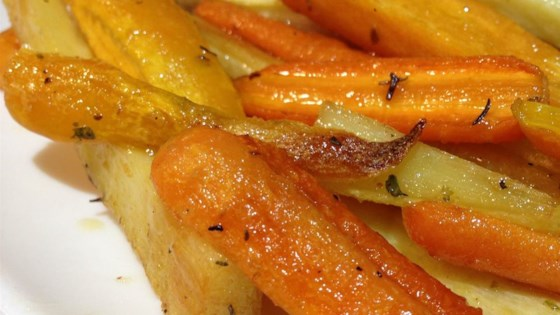 recipe: roasted parsnips and carrots with maple syrup [33]