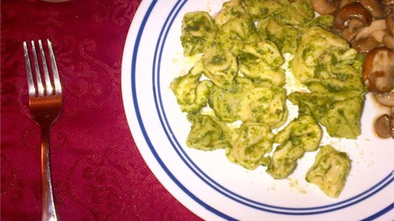 Photo of Cheese Tortellini with Walnut-Parsley Pesto by Foodie