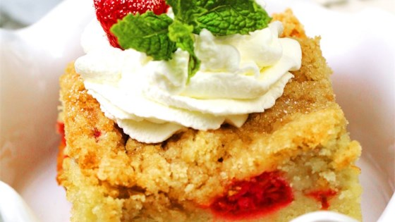 Photo of Buttermilk Mango-Berry Crumb Cake by naples34102