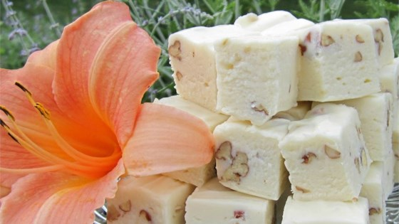 Photo of White Chocolate Fudge with Pecans by lisa