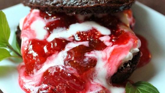 Photo of Fresh Strawberry Sauce by Chef John