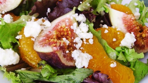 orange fig and gorgonzola salad review by veronica