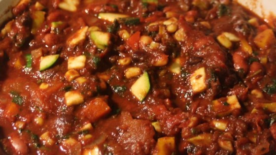 Photo of Hearty Vegan Slow-Cooker Chili by Grete