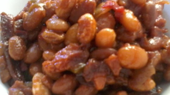 Photo of Slow Cooker Baked Beans by wannabe chefette