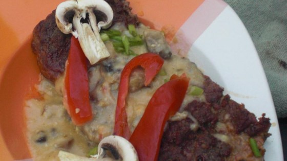 Photo of Cheeseburger Meatloaf with Mushroom Sauce by nattysmama (Amber)
