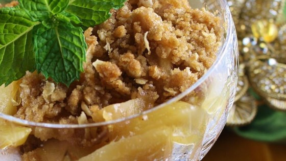 Family Favorite Apple Crisp Recipe