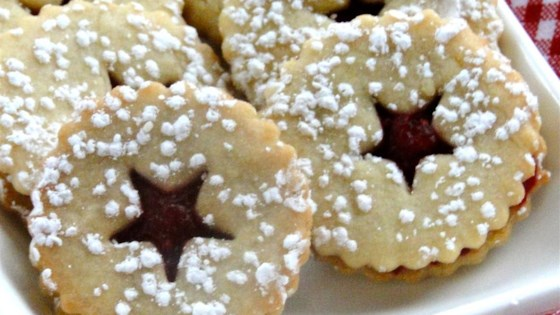 Photo of Cranberry Cornmeal Linzer Cookies by larkspur