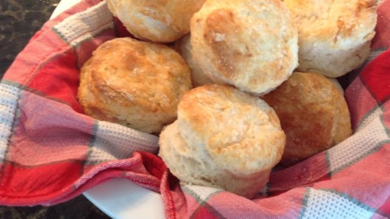 sadies buttermilk biscuits review by bookie myers