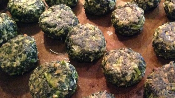 Photo of Delicious Herbed Spinach and Kale Balls by algc09