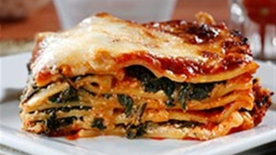 Photo of Wavy Lasagna with Meat Sauce, Fresh Ricotta and Spinach by Barilla