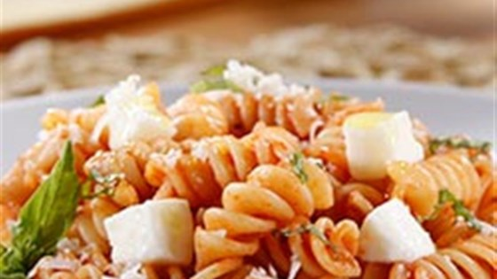Photo of Rotini with Tomato and Basil Sauce and Mozzarella by Barilla
