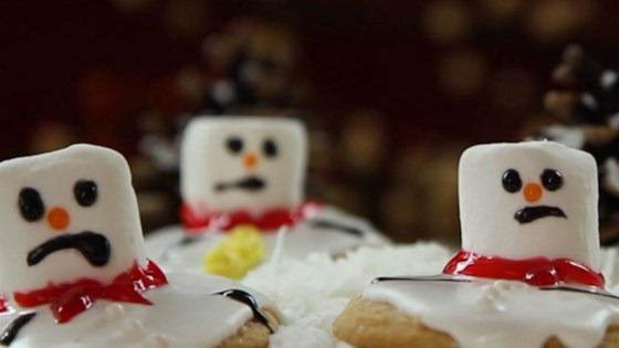 Photo of Melted Snowman Cookies by Elizabeth