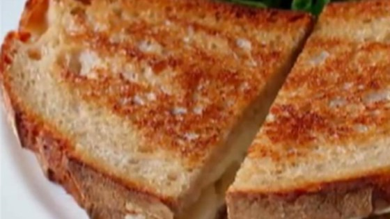 Grilled Brie and Pear Sandwich