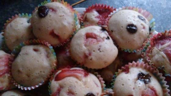 Photo of Valentine's Day Strawberry Muffins by PICKYJESSICA