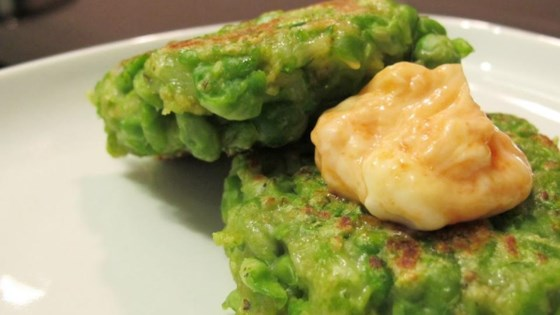 Photo of Green Pea Patties by siulinskitchen