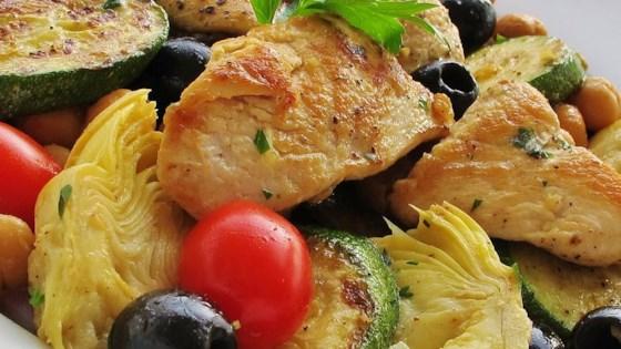 Photo of Zucchini Artichoke Summer Salad by homecookingtheworldover.com