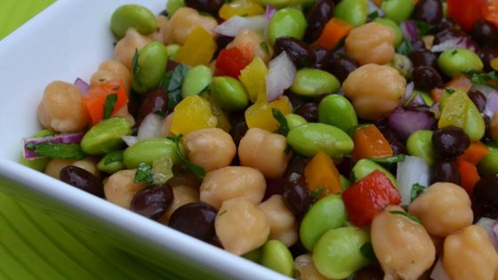 Mexican recipe with beans and light original salad
