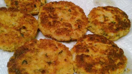 Photo of Crabless Chicken Cakes by ITALIAN_MAN