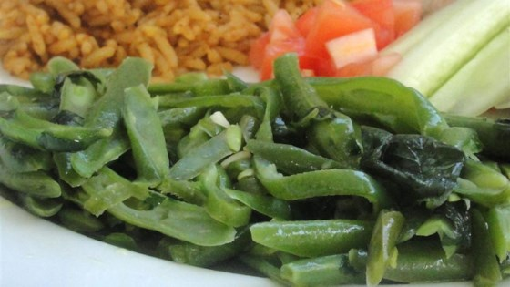 Photo of Fasoliyyeh Bi Z-Zayt (Syrian Green Beans with Olive Oil) by Tasneem