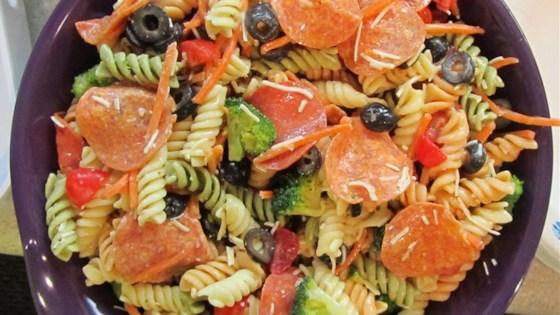 Photo of Simple Italian Pasta Salad by cdastolip9