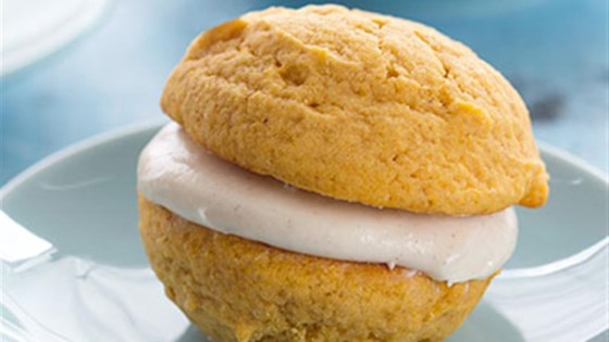 Fall Pumpkin Sandwich Cookies