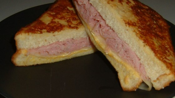 Photo of Aunt Bev's Glorified Grilled Cheese Sandwich by angelfluff